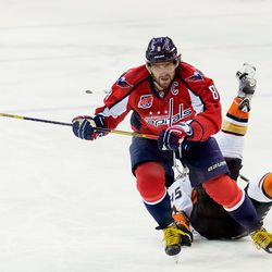 Ovechkin Interferes With Vatanen