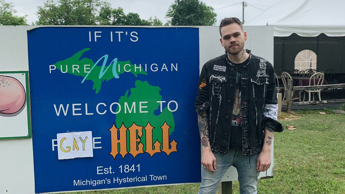 The Town Of Hell, Michigan Is Now Called Gay Hell. I'm Screaming
