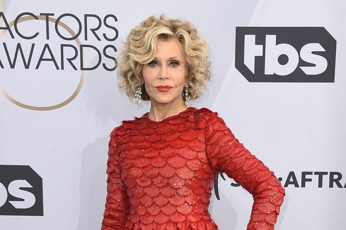 Jane Fonda among 16 arrested protesting climate change in Washington