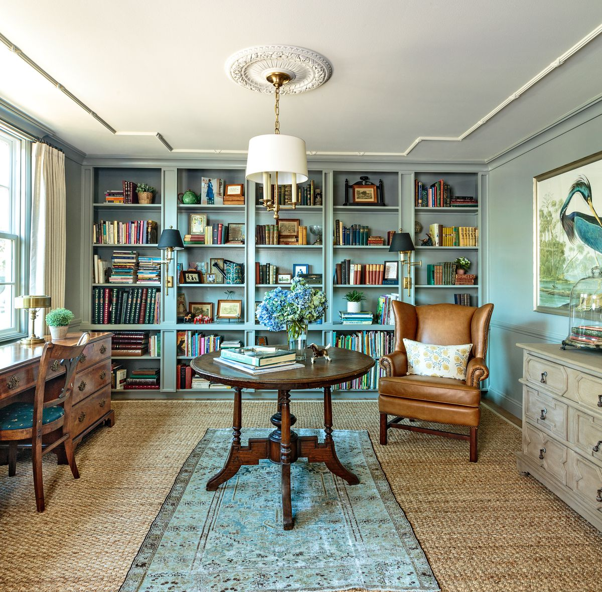 Cape Cod-style house remodel in Los Angeles, CA, library