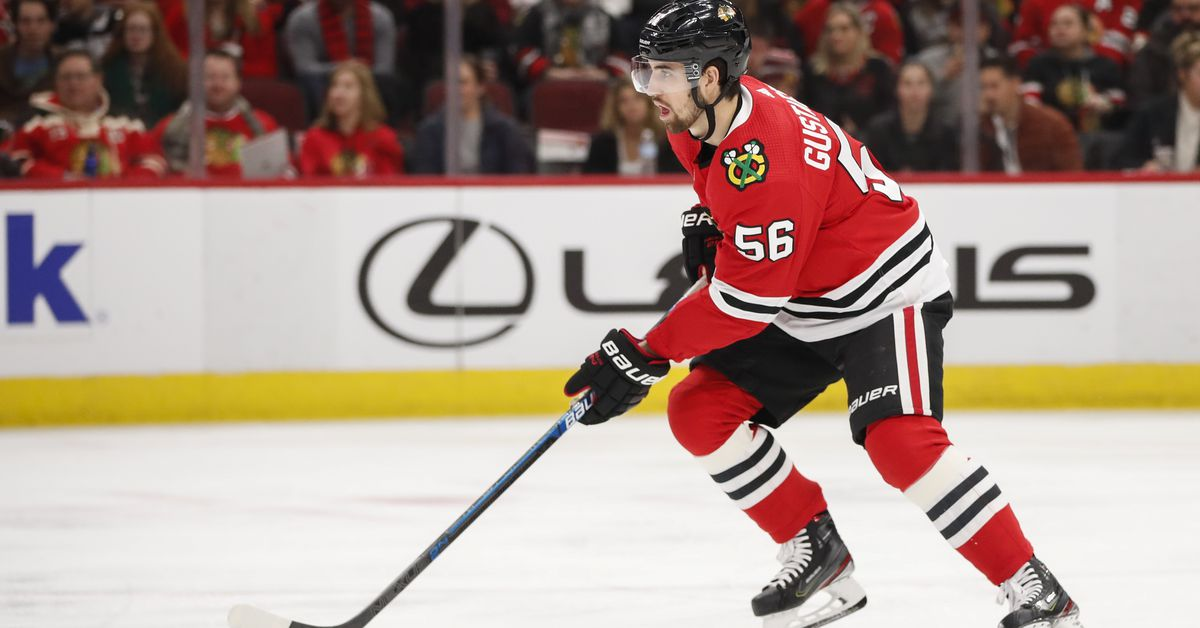 Erik Gustafsson won't travel with Blackhawks prior to NHL trade deadline