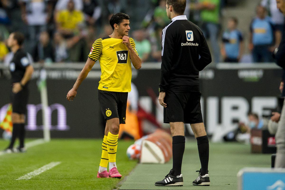 Borussia Mönchengladbach v Borussia Dortmund - Bundesliga