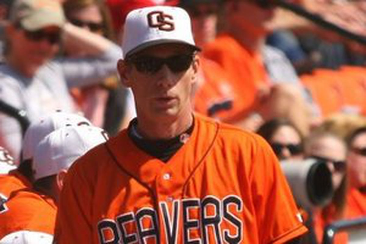 At that very moment, Beavers Head Coach Pat Casey was absorbing even more knowledge, if that was even possible. Bo knows negative nothing compared to him, a giant of his profession and HOF lock.<em> (photo by Andy Wooldridge)</em>