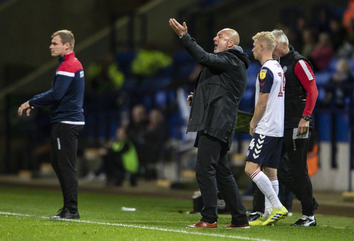 Bolton Wanderers v Oxford United - Sky Bet League One
