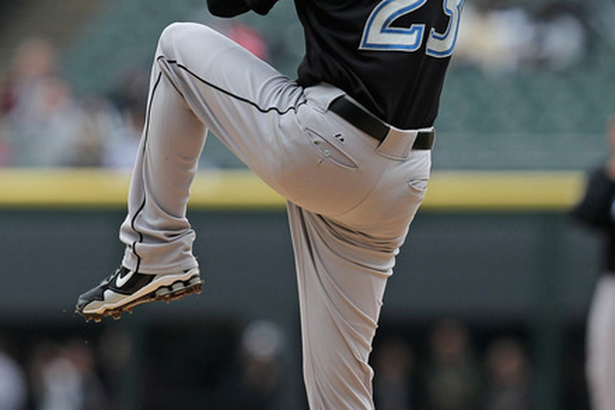 CHICAGO, IL - SEPTEMBER 28:  Starting pitcher Brandon Morrow #23  of the Toronto Blue Jays delivers the ball against the Chicago White Sox at U.S. Cellular Field on September 28, 2011 in Chicago, Illinois.  (Photo by Jonathan Daniel/Getty Images)