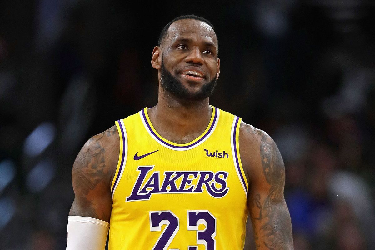 93838772516 NBA Rumors  Lakers considered trading LeBron James during Anthony ...