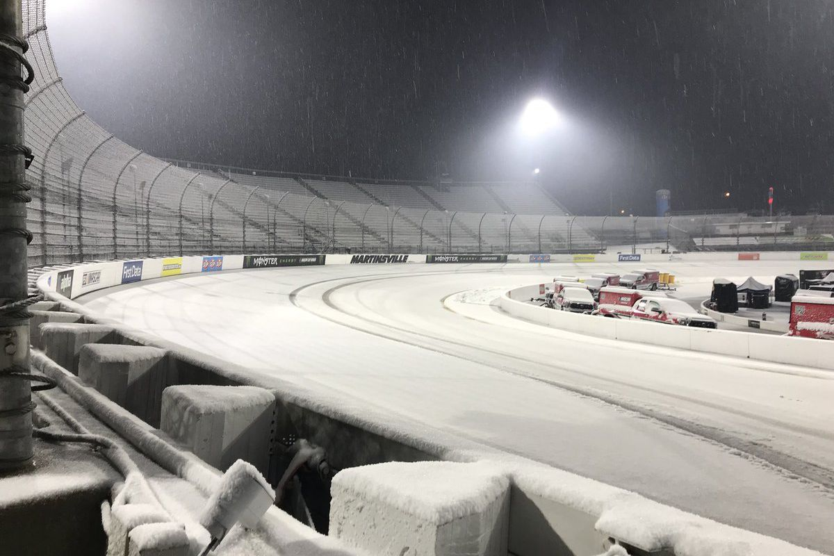 Snow postpones Cup race for 1st time since '93