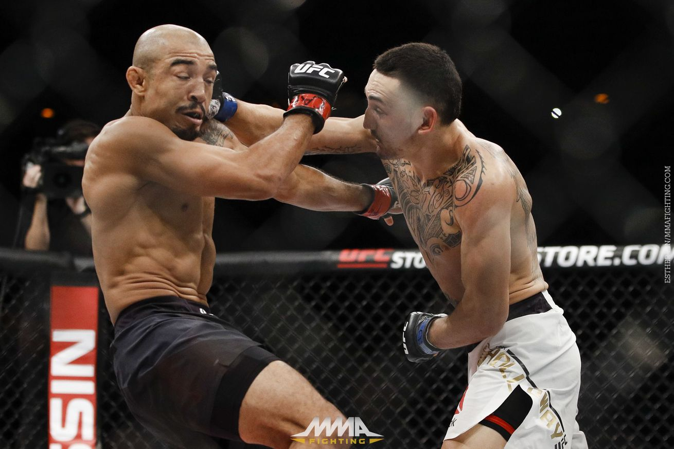 UFC 212 results: Max Holloway finishes Jose Aldo, claims featherweight crown