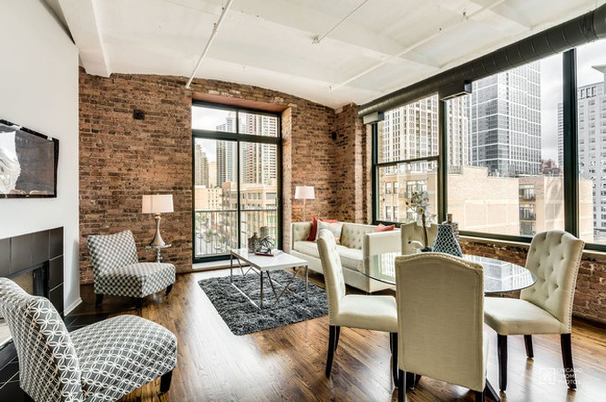 Two Bedroom South Loop Corner Unit Asks 365k Curbed Chicago