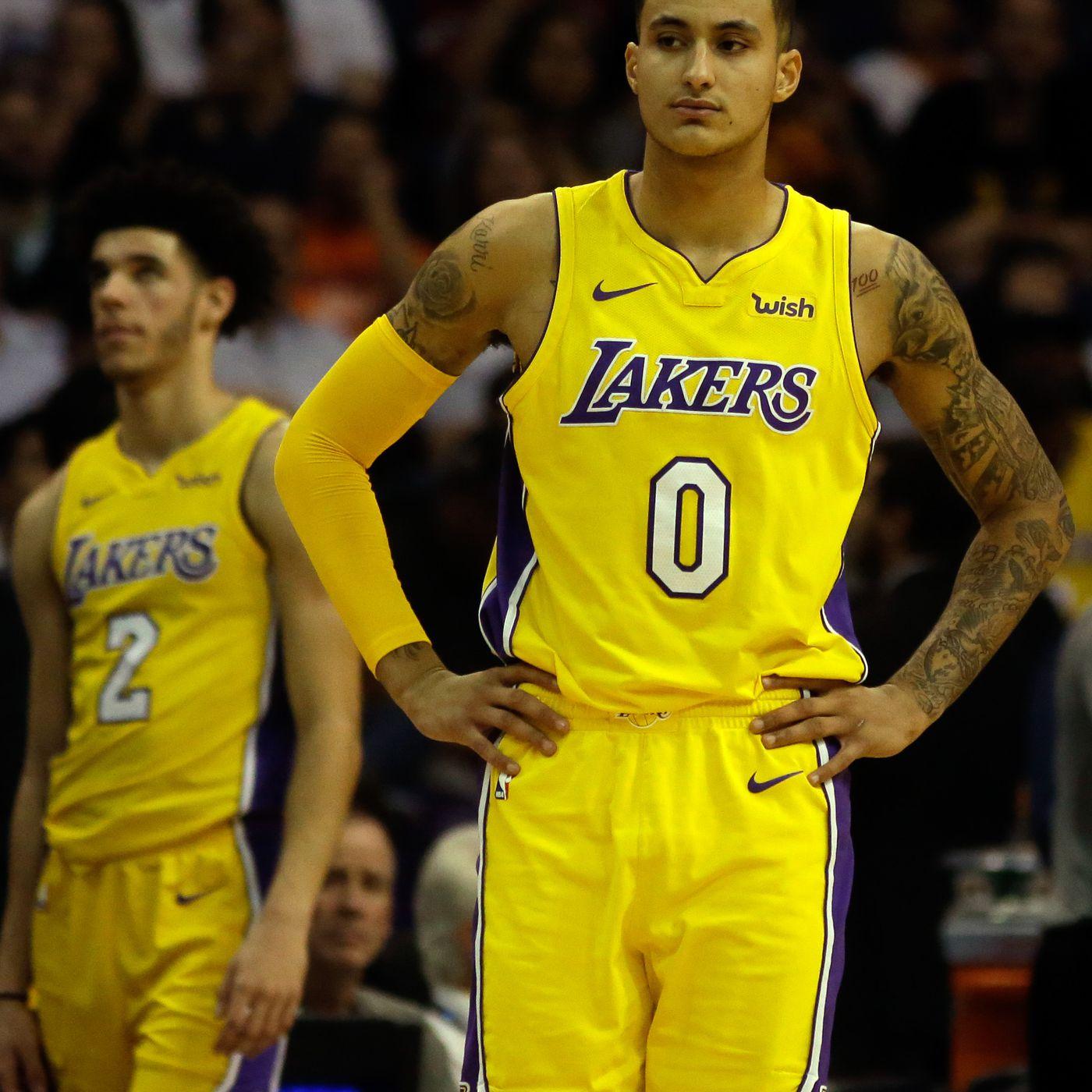 6d73c417ee2e Lakers Injury Update  Kyle Kuzma undergoing MRI for back injury ...