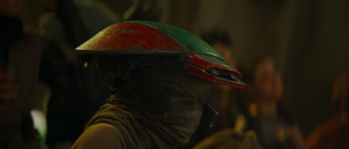 A member of the Niima Outpost Militia at the Gamorrean fight in Mandalorian season 2 episode 1