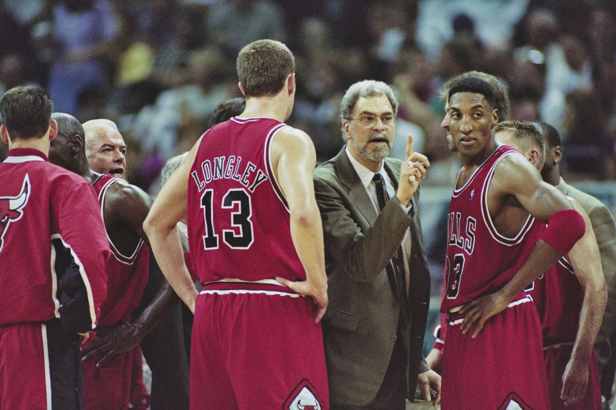 Scottie Pippen (right) said Bulls coach Phil Jackson was racially motivated when he designed a play for Toni Kukoc, not Pippen, in the final seconds of a 1994 playoff game.