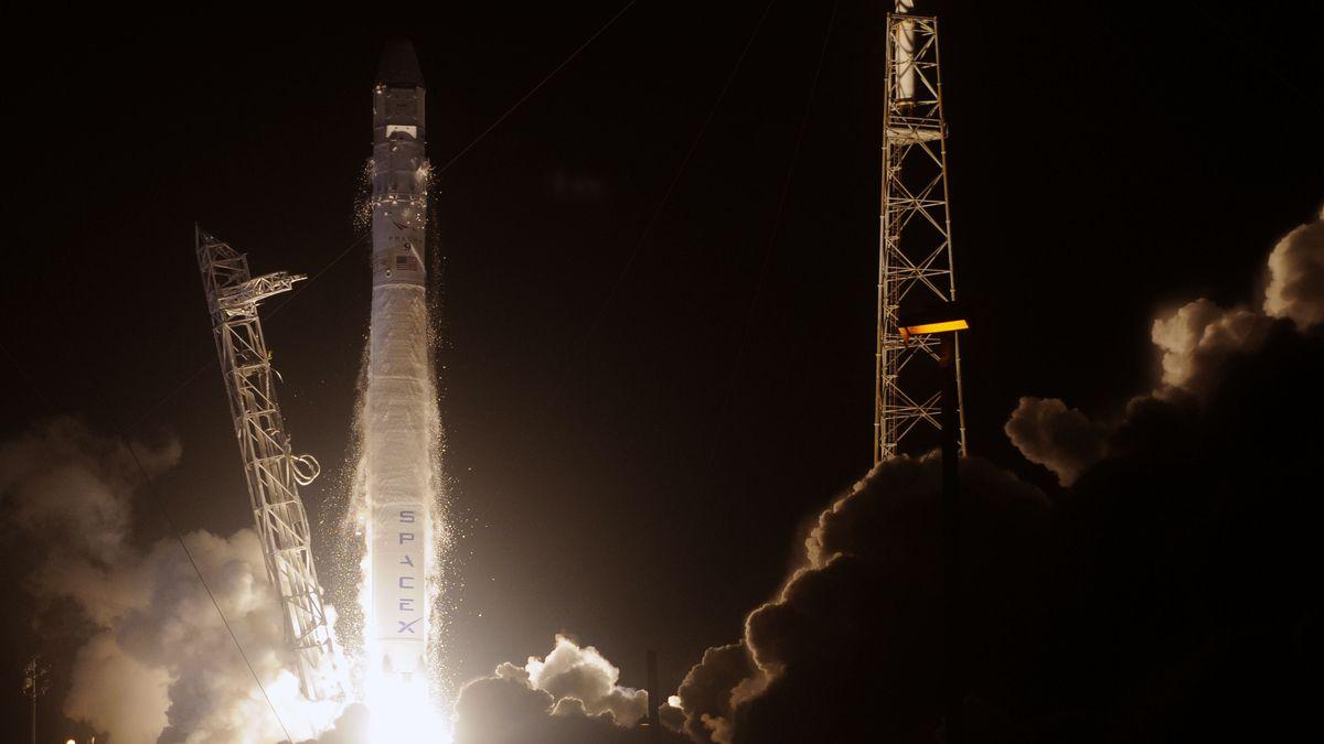 Private spaceflight, explained - Vox
