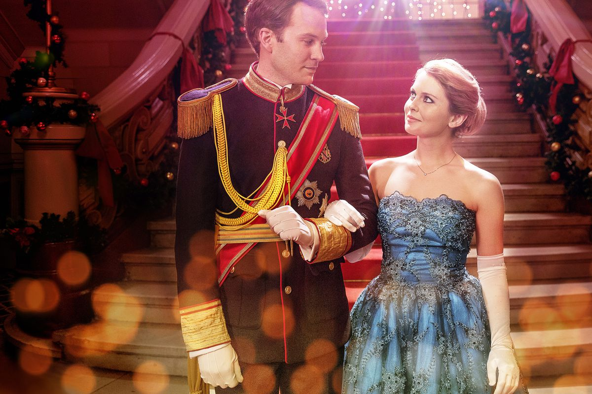 An Argument for Watching 'A Christmas Prince' 18 Days in a