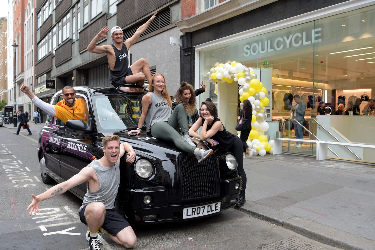 SoulCycle owner Stephen Ross fundraises for Trump - Vox