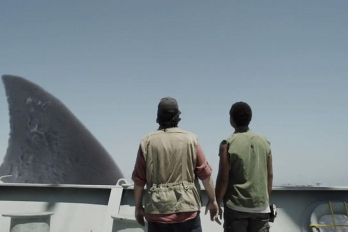 Mega Shark vs. Mecha Shark trailer screencap