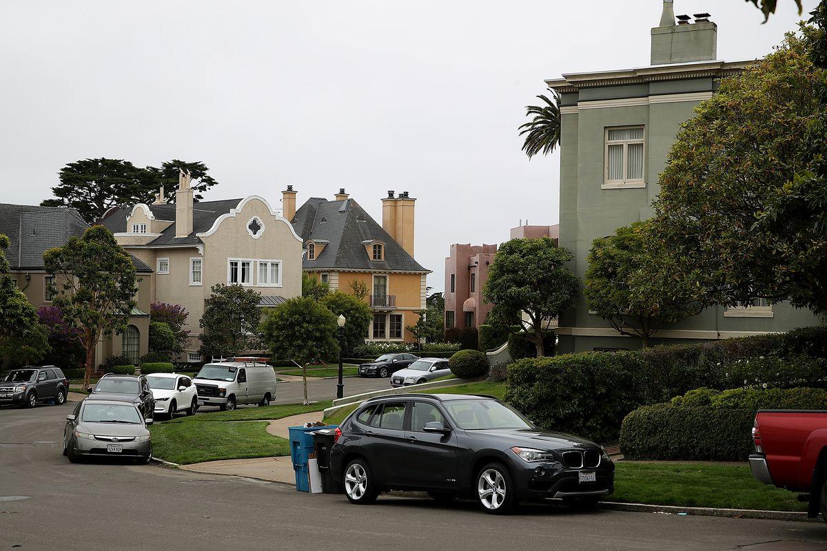 California Couple Buys Street In Exclusive San Francisco Enclave