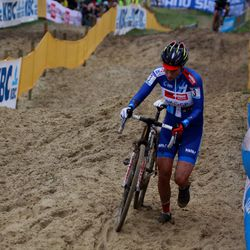 Sanne Cant in dominant form