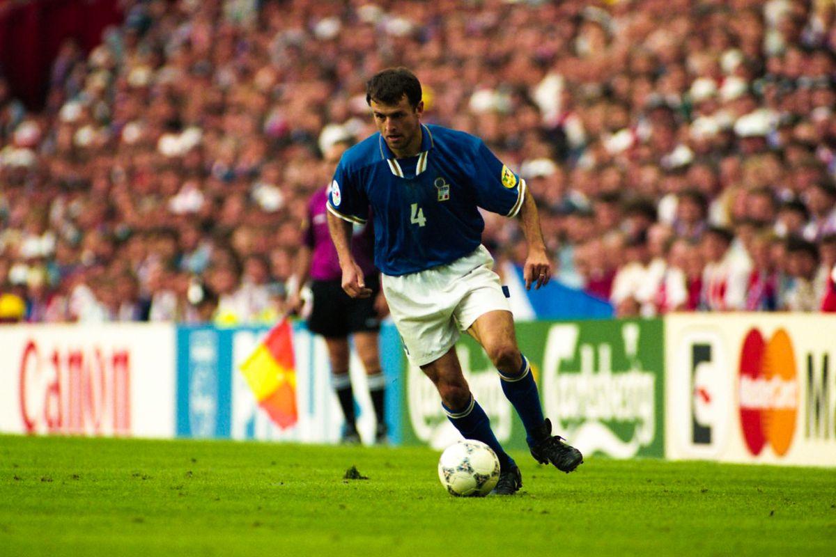Czech Republic v Italy - European Championship 1996