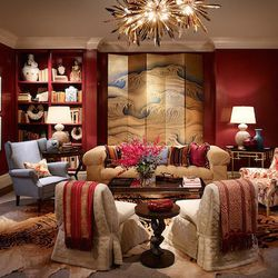 For the living room, Tom Stringer of Tom Stringer Design Partners was inspired by a fictional dinner party with beaucoup de champagne consumption.