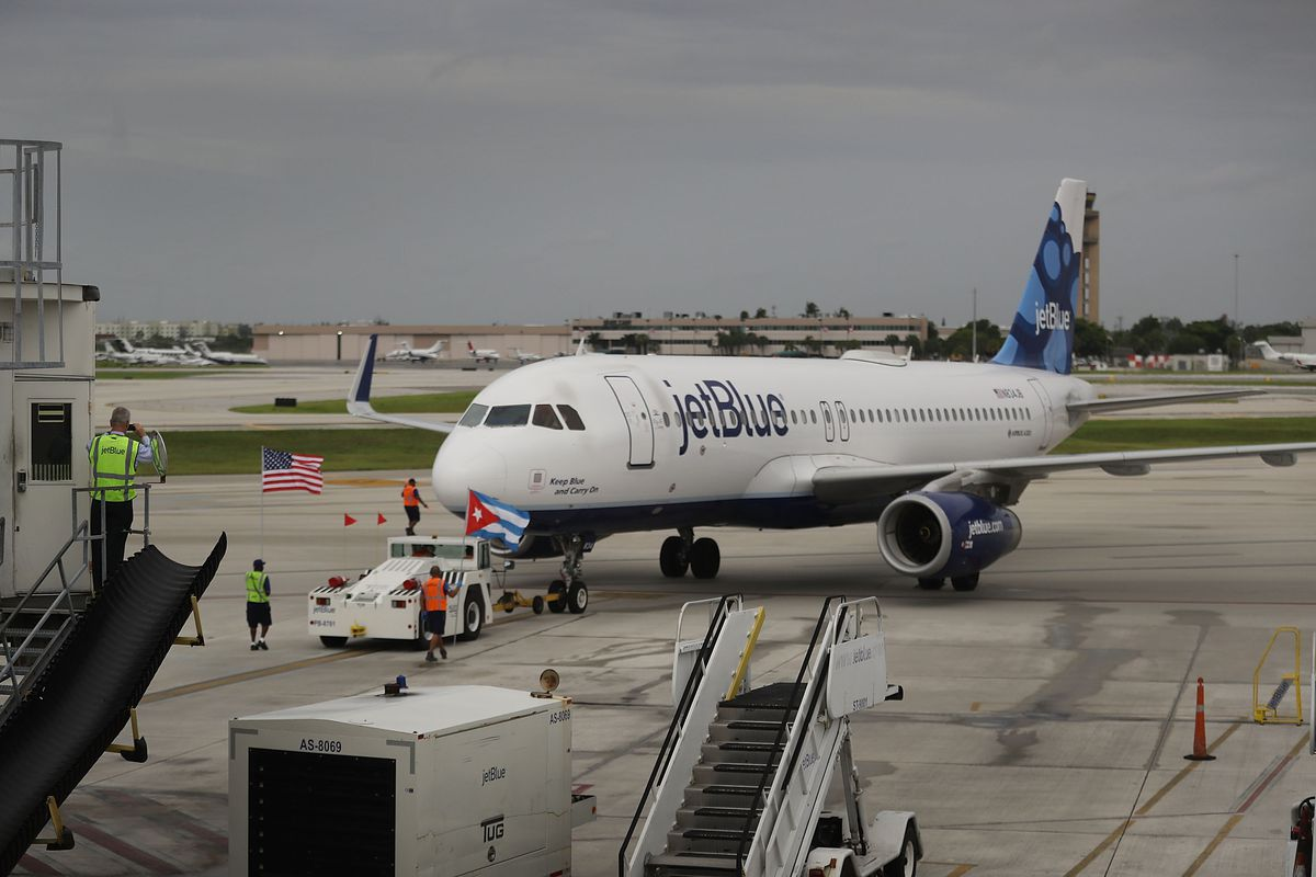 First U.S. Commercial Airline Flight To Cuba Departs From Florida