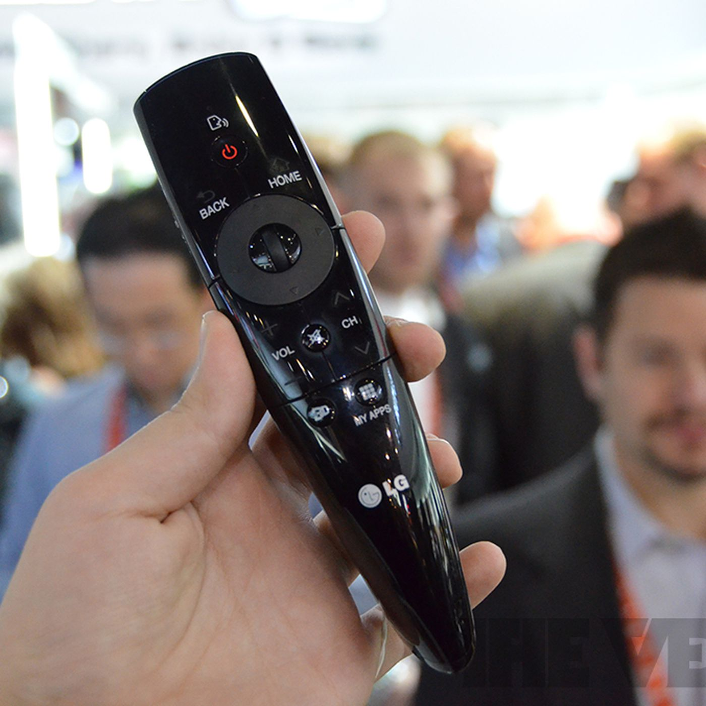 Lgs New Magic Remote With Voice Recognition Video The Verge