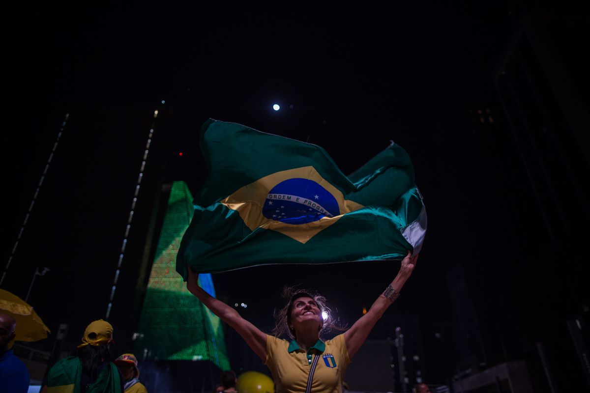 Brazilians Hold Rallies For And Against Impeachment Of President On Day Of Crucial Vote