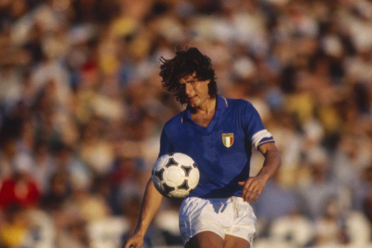 Antognoni captaining the Italian National Team. Photo