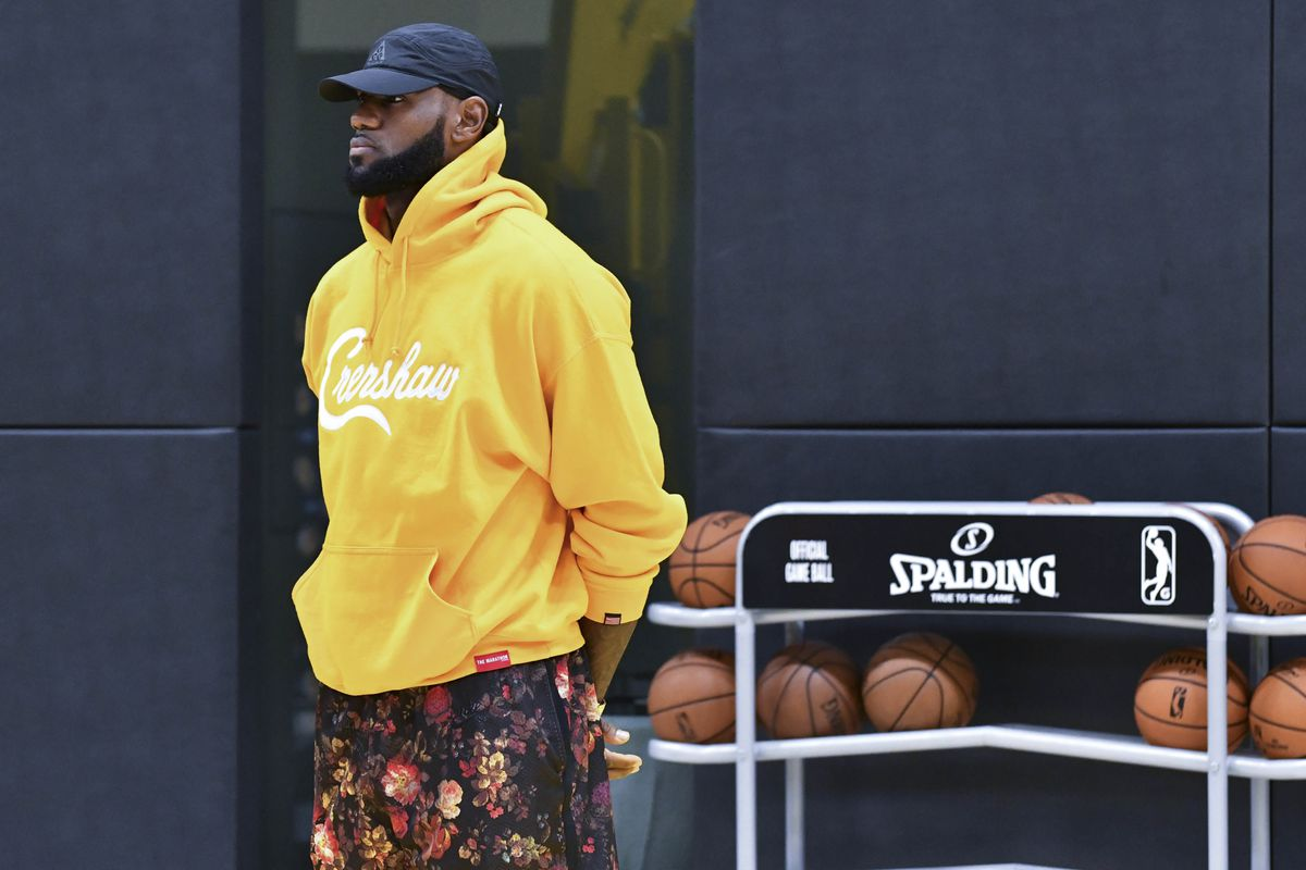 new concept 994ba 09389 Most Interesting Lakers No. 2: Can LeBron James shut up his ...