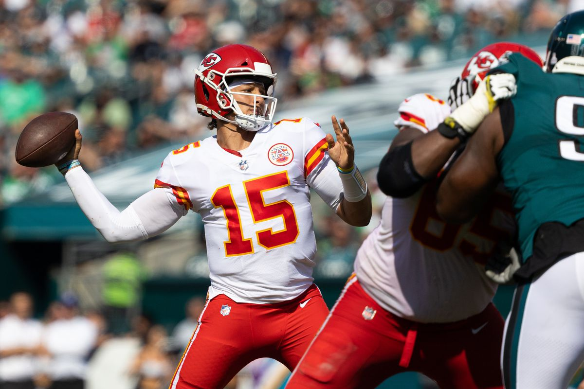 Kansas City Chiefs quarterback Patrick Mahomes (15) passes the ball against the Philadelphia Eagles during the second quarter at Lincoln Financial Field.