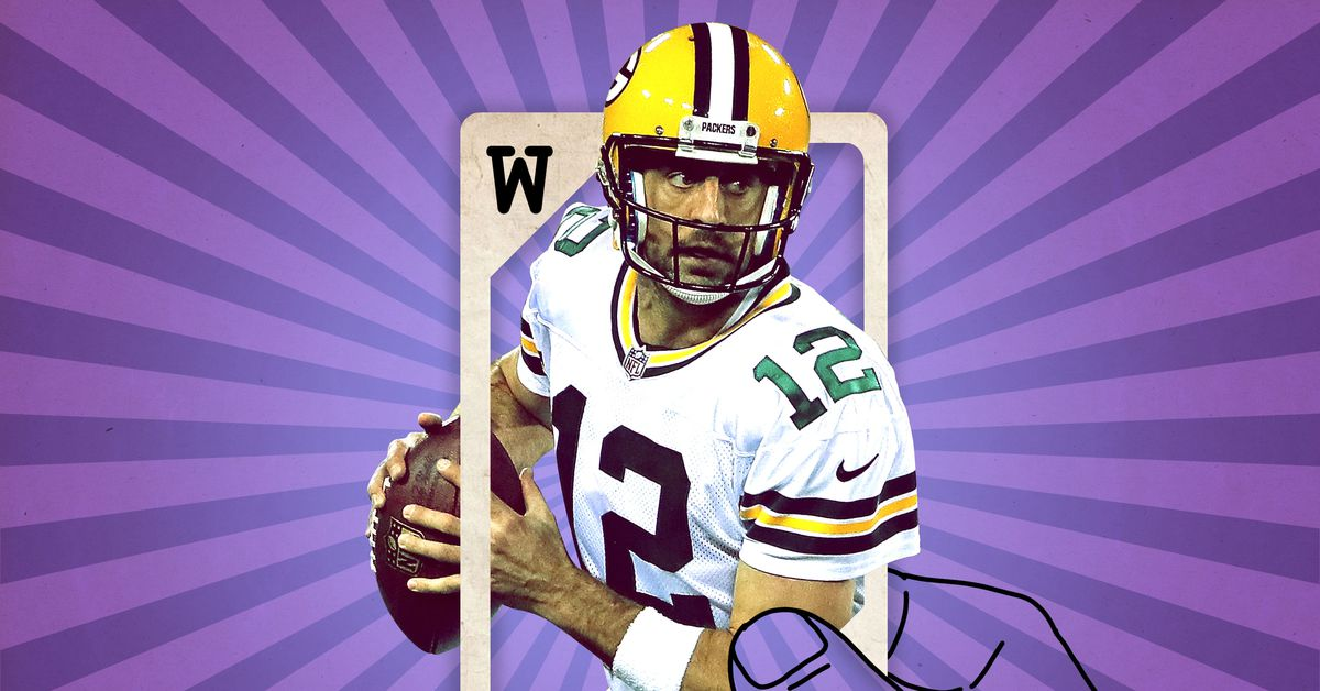 """Fantasy Wild Cards: Why It's Worth Shedding the """"Wait for a QB"""" Mantra to Pick Aaron Rodgers"""