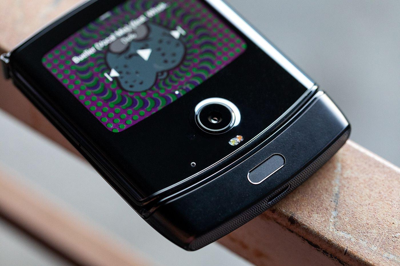 Motorola lässt das Razr als faltbares Android-Smartphone wieder auferstehen