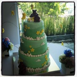 """The cake. Photo via <a href=""""http://www.facebook.com/photo.php?fbid=10151131739644251&set=a.10150516262999251.475201.58875909250&type=1&theater"""">Sweet Spils</a>/Facebook."""