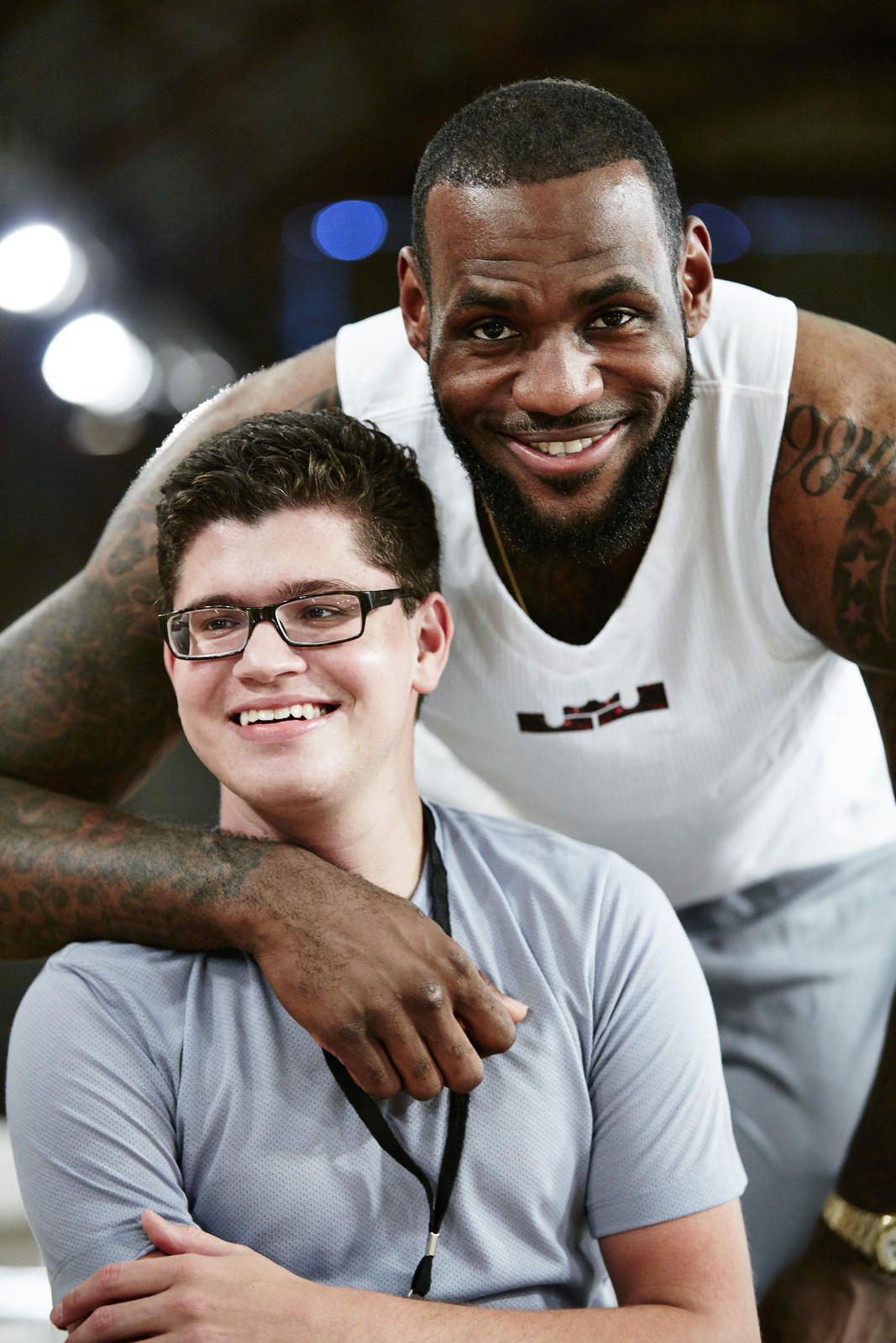 11a61c6831acb9 A teen with cerebral palsy just wanted to put on his own shoes