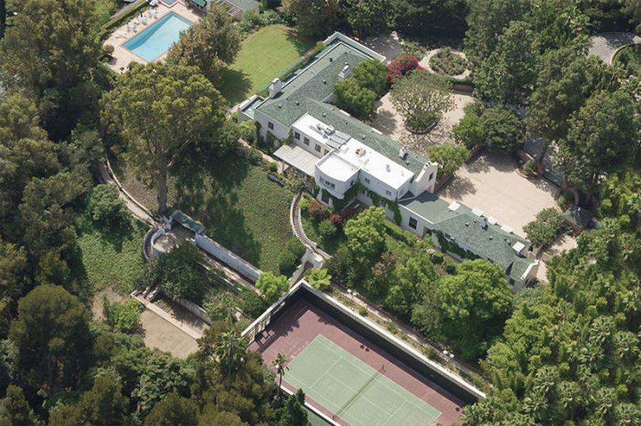 Taylor Swift Fences Off Goldwyn Estate In Beverly Hills Curbed La