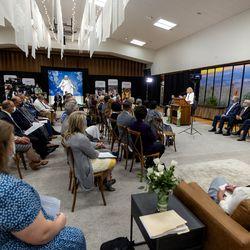 Members of the medialisten as President Camille N. Johnson, president of thePrimarygeneralpresidency of The Church of Jesus Christ of Latter-day Saints, speaks prior to a media tour of the Pocatello Idaho Temple in Pocatello, Idaho, on Monday, Sept. 13, 2021.