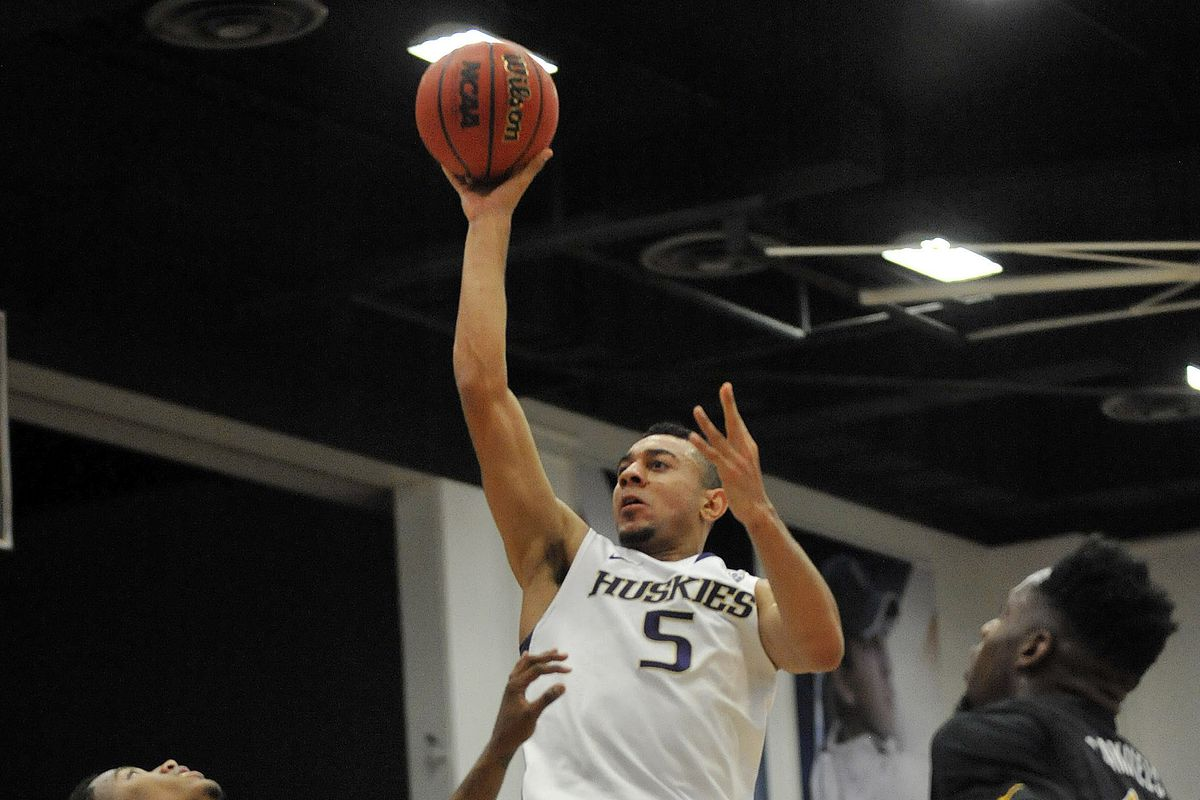 Sophomore guard Nigel Williams-Goss scored a game-high 21 points to go along with his 12 rebounds and seven assists to lead the Huskies to a 80-70 victory over Long Beach State on Friday night in the semifinals of the Wooden Legacy Tournament