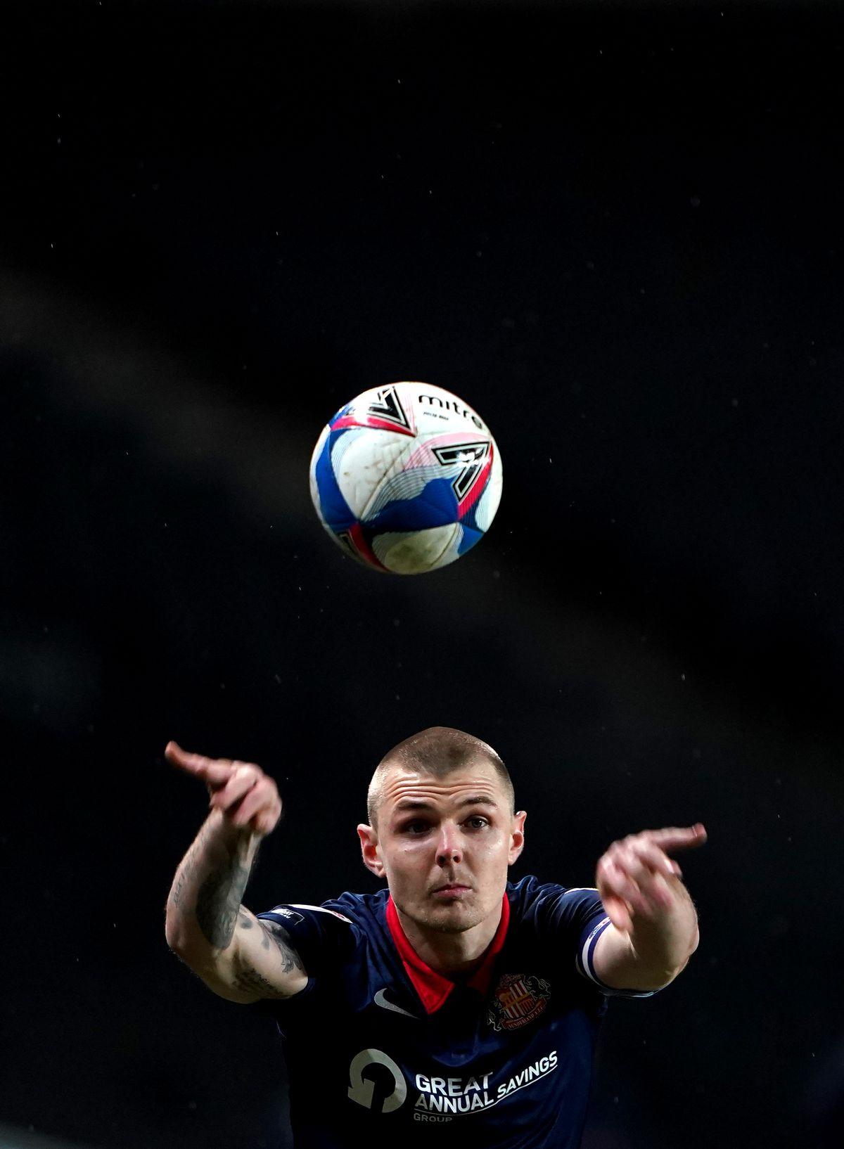 Milton Keynes Dons v Sunderland - Papa John's Trophy - Quarter Final - Stadium MK