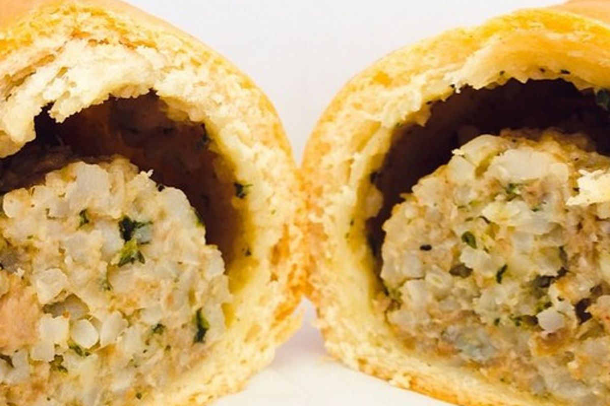This boudin kolache from Christy's Donut looks good, but looks can be deceiving.