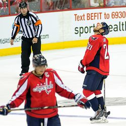 Laich Looks Up, Ovechkin Looks Down