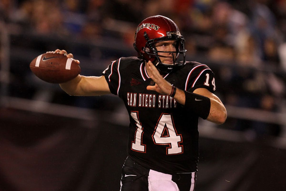 SAN DIEGO - NOVEMBER 20:  Quarterback Ryan Lindley #14 of the San Diego State Aztecs throws a pass against the Utah Utes at Qualcomm Stadium on November 20 2010 in San Diego California.  Utah won 38-34.  (Photo by Stephen Dunn/Getty Images)