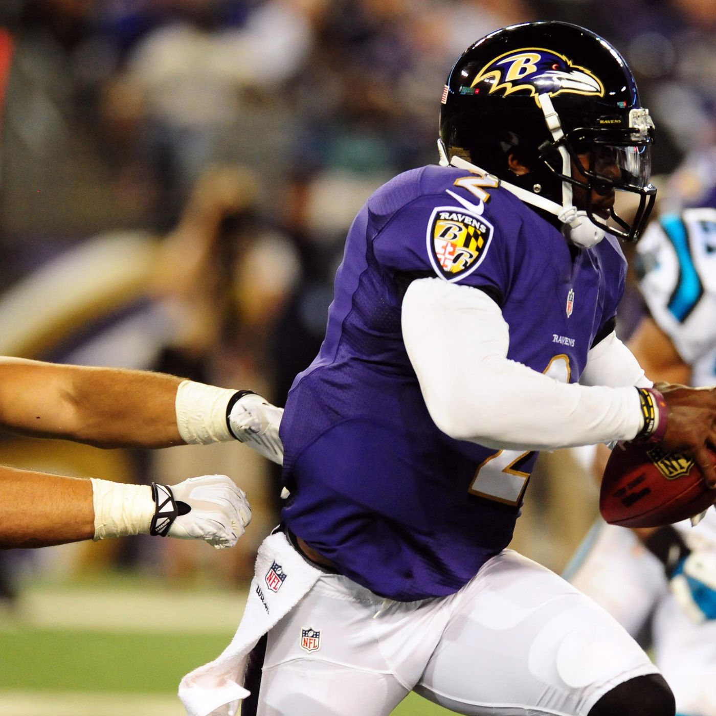 watch 33b9a 986b5 Tyrod Taylor injury: Ravens QB being evaluated for ...