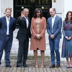 Wearing an L.K. Bennett dress with the Obamas outside Kensington Palace on April 22nd, 2016.