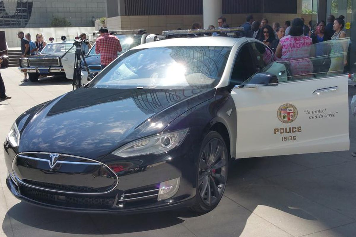 The LAPD Has A Tesla Now The Verge - A tesla