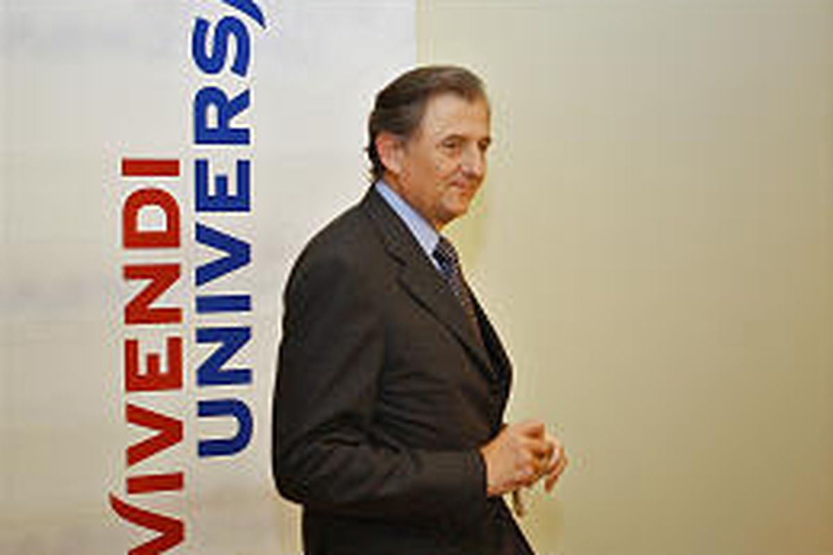 Vivendi Universal Chairman Jean-Rene Fourtou said Vivendi and GE expect to sign a contract by month's end.