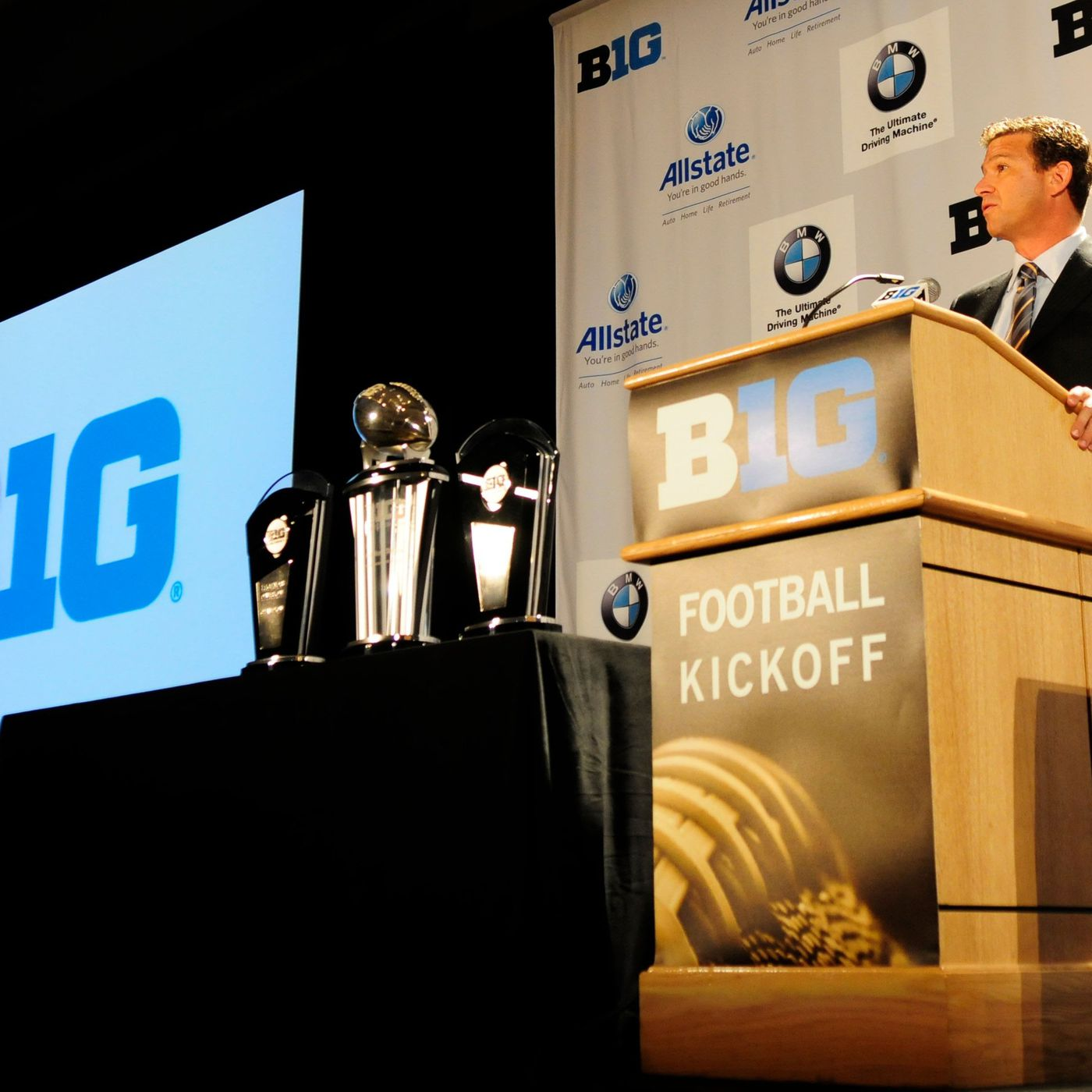 B1g 2014 Big Ten Network Coming To Time Warner And Cablevision On The Banks