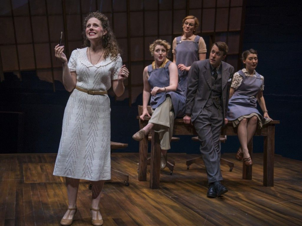 "Johanna McKenzie Miller in white dress, with Bri Sudia, Jess Godwin, Matt Mueller, Tiffant Topol in ""Shining Lives: A Musical"" at Northlight Theatre. Photo: Michael Brosilow)"
