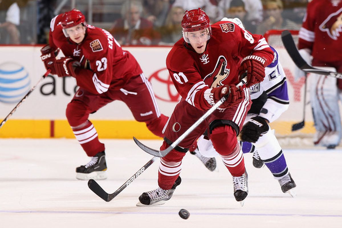 Second Period Awesomeness Coyotes 1 Red Wings 0 Five For Howling