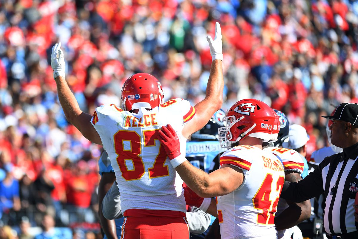 Kansas City Chiefs tight end Travis Kelce celebrates after a touchdown reception against the Tennessee Titans during the first half at Nissan Stadium.