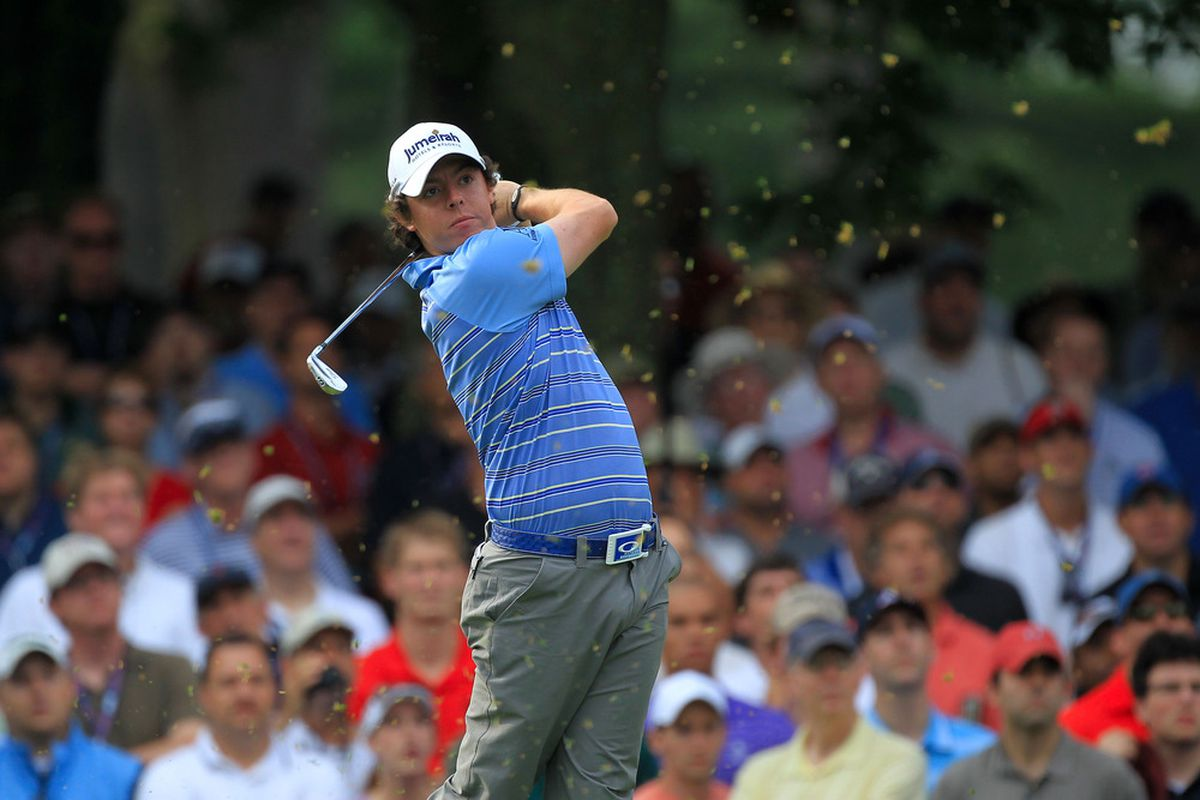 BETHESDA, MD - JUNE 17:  Rory McIlroy of Northern Ireland hits his tee shot on the second hole during the second round of the 111th U.S. Open at Congressional Country Club on June 17, 2011 in Bethesda, Maryland.  (Photo by David Cannon/Getty Images)